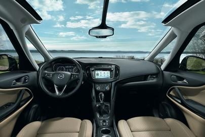 Clever, Safe, Cool: Enjoy a Relaxing Summer with Opel